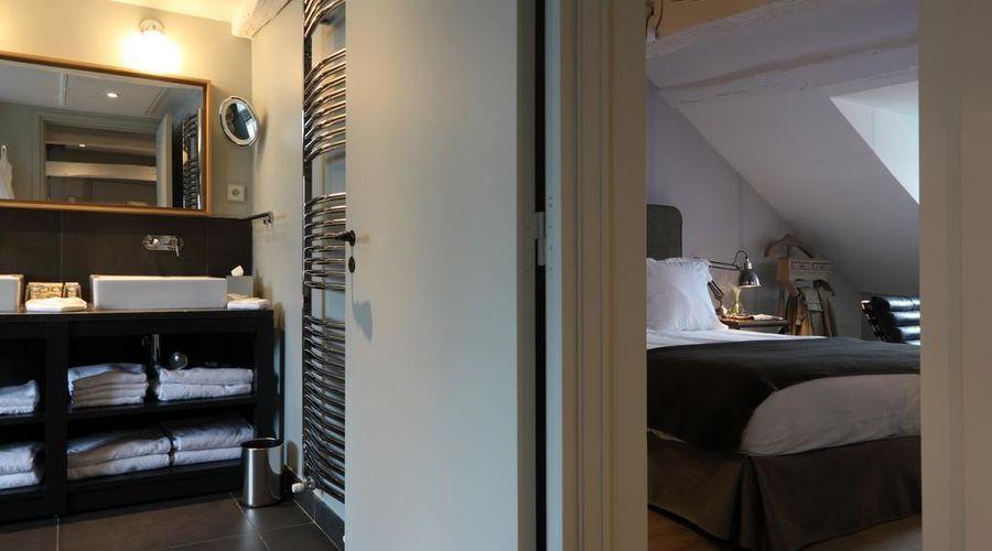 New Hotel Roblin La Madeleine-45 of 45 photos