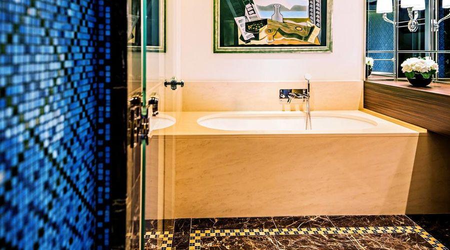 Prince de Galles, a Luxury Collection Hotel, Paris-24 of 51 photos