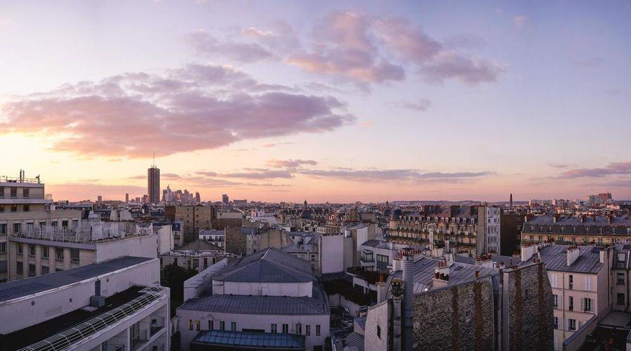Renaissance Paris Arc de Triomphe Hotel-42 of 49 photos