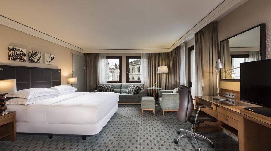 Hilton Dresden-32 of 33 photos