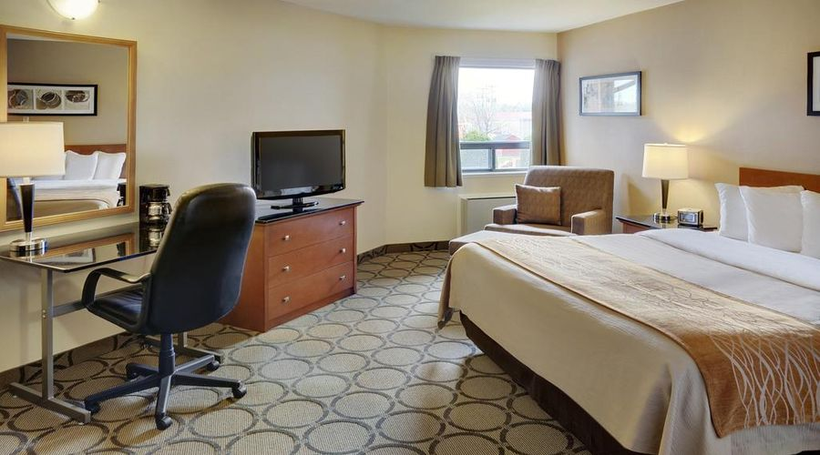 Comfort Inn Highway 401-30 of 33 photos
