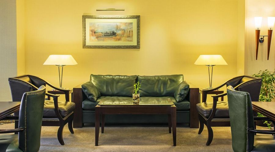 Sheraton Bahrain Hotel-13 of 43 photos