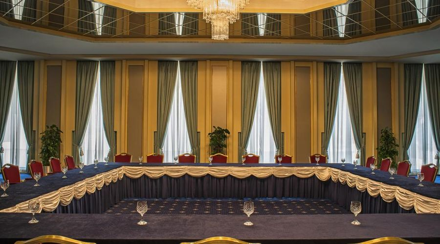 Sheraton Bahrain Hotel-17 of 43 photos