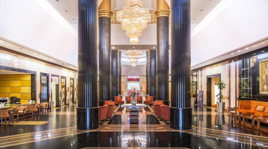 Sheraton Bahrain Hotel-4 of 43 photos