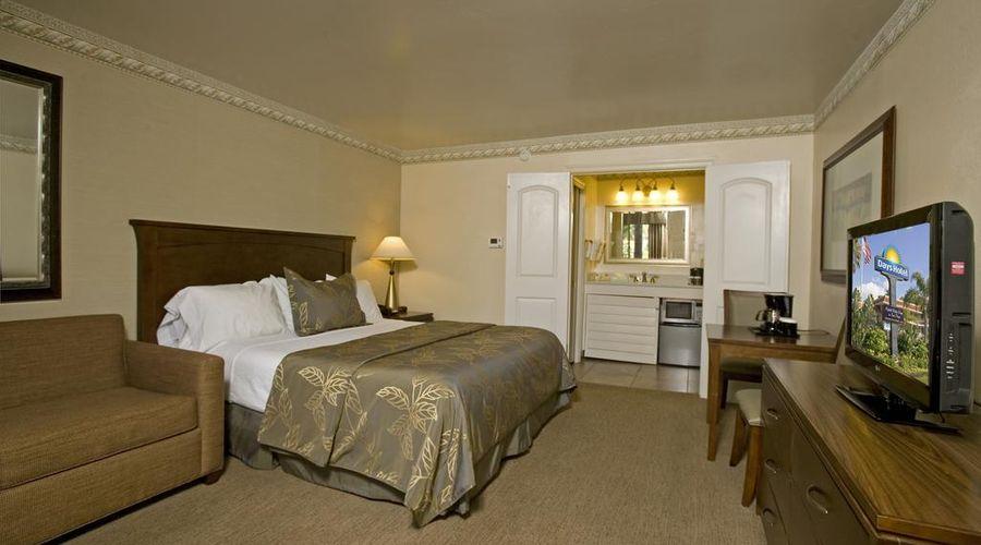 Days Inn by Wyndham San Diego Hotel Circle Near SeaWorld-38 of 42 photos