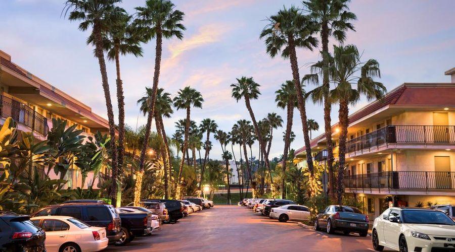 Days Inn by Wyndham San Diego Hotel Circle Near SeaWorld-9 of 42 photos