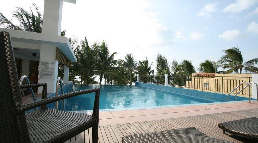 Crown Regency Beach Resort-22 of 46 photos