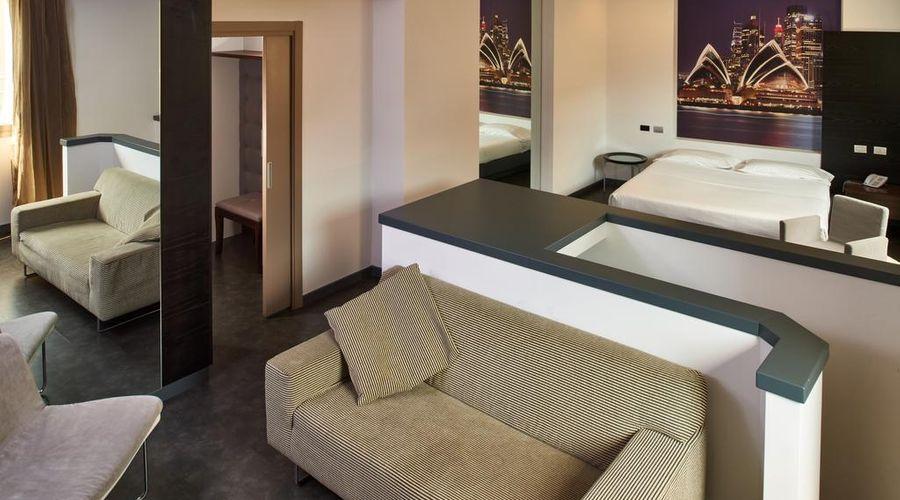 Hotel Cruise-42 of 42 photos