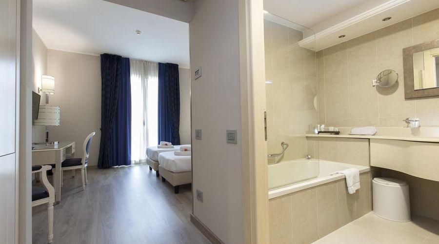 Just Hotel Lomazzo Fiera-13 of 44 photos