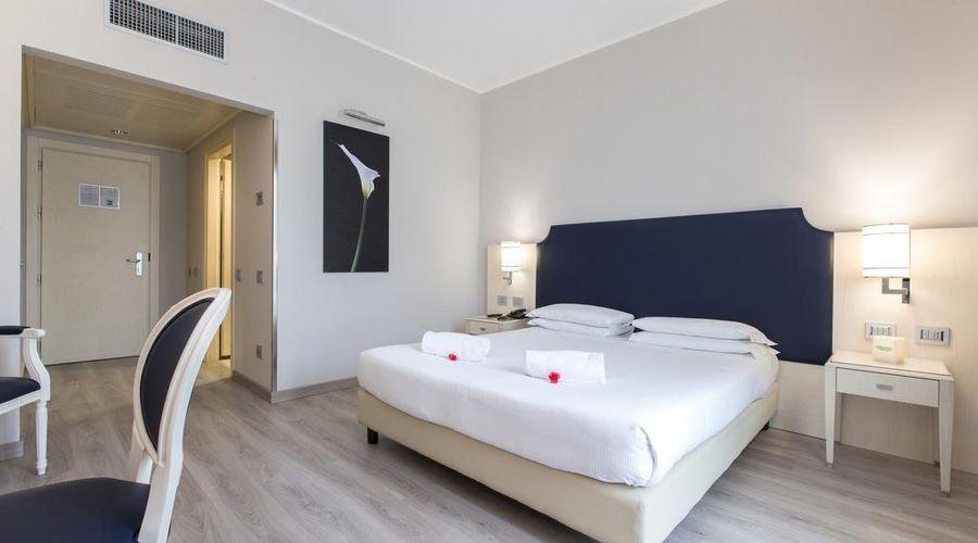 Just Hotel Lomazzo Fiera-17 of 44 photos