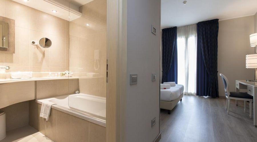Just Hotel Lomazzo Fiera-18 of 44 photos