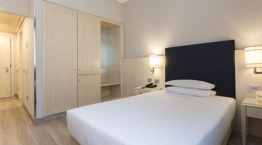 Just Hotel Lomazzo Fiera-21 of 44 photos