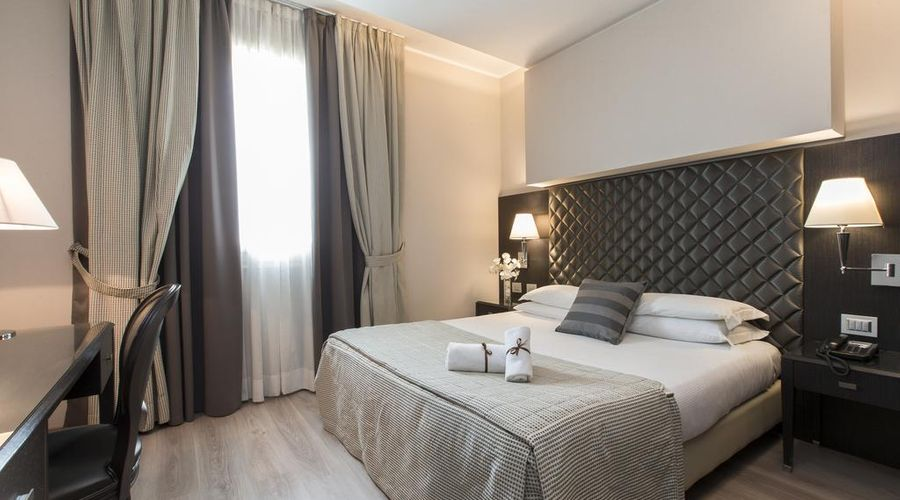 Just Hotel Lomazzo Fiera-23 of 44 photos