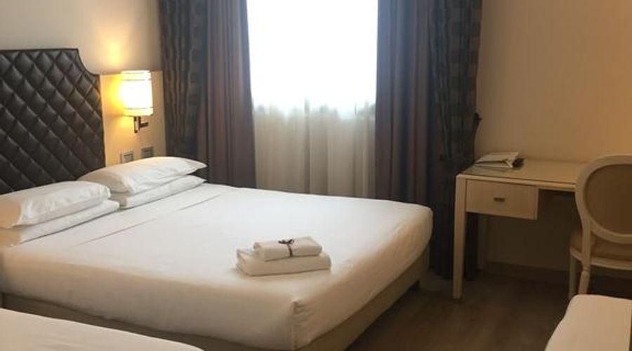 Just Hotel Lomazzo Fiera-41 of 44 photos