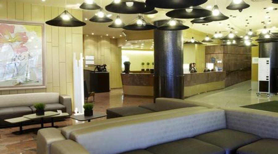 Holiday Inn Andorra-14 of 27 photos