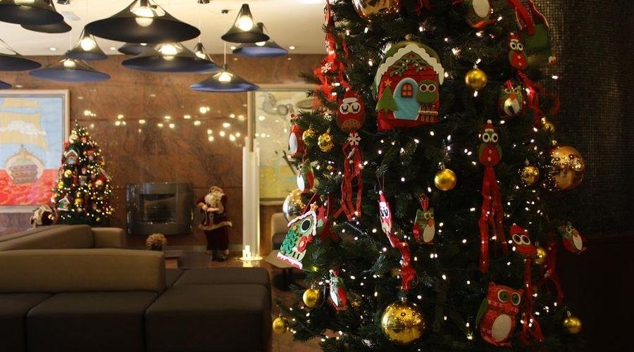 Holiday Inn Andorra-21 of 27 photos