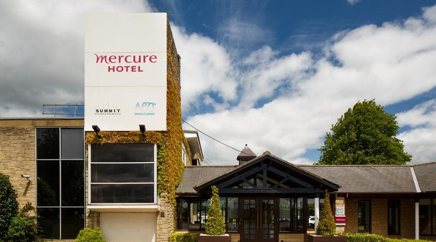 Mercure Wetherby Hotel-3 of 43 photos