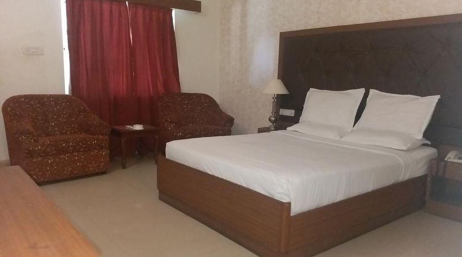 Jayamahal Palace Hotel-20 of 47 photos