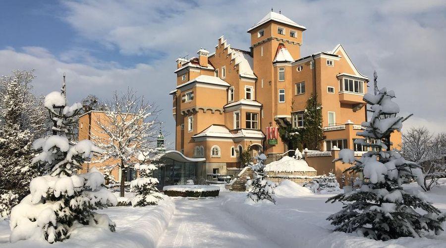 Schloss Mönchstein Hotel-1 of 23 photos