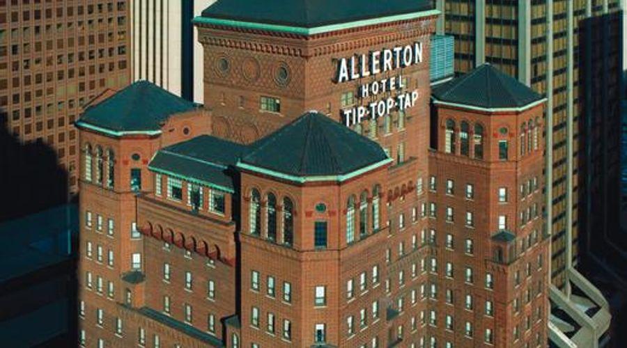 Warwick Allerton - Chicago-7 of 37 photos