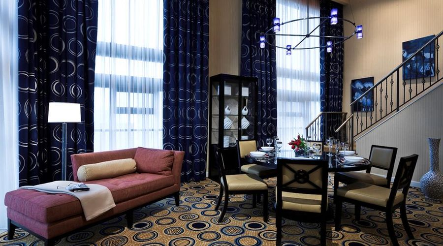 Chicago Marriott Downtown Magnificent Mile-3 of 44 photos