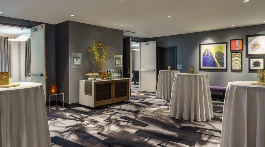 Cambria Hotel Chicago Magnificent Mile-13 of 40 photos