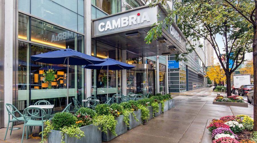 Cambria Hotel Chicago Magnificent Mile-28 of 40 photos