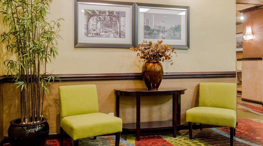 Holiday Inn O'Hare-25 of 35 photos
