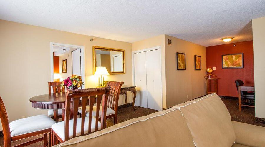 Holiday Inn O'Hare-34 of 35 photos