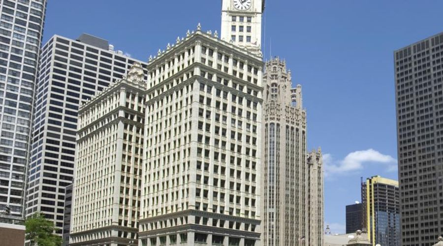 Club Quarters Hotel, Wacker at Michigan-46 of 53 photos