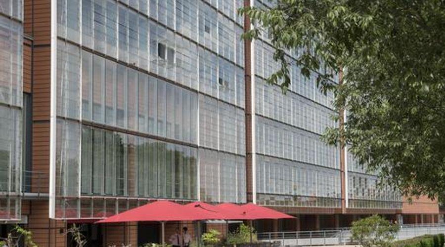 Marriott Lyon Cité Internationale-8 of 45 photos