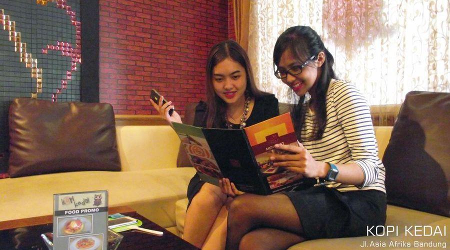 Golden Flower Hotel Bandung-23 of 37 photos