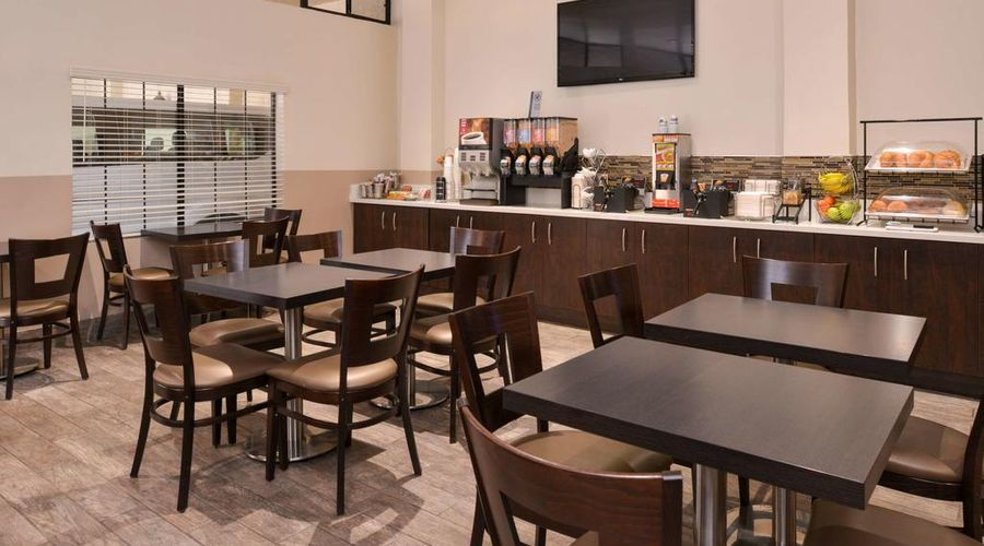 Best Western Airpark Hotel-10 of 29 photos