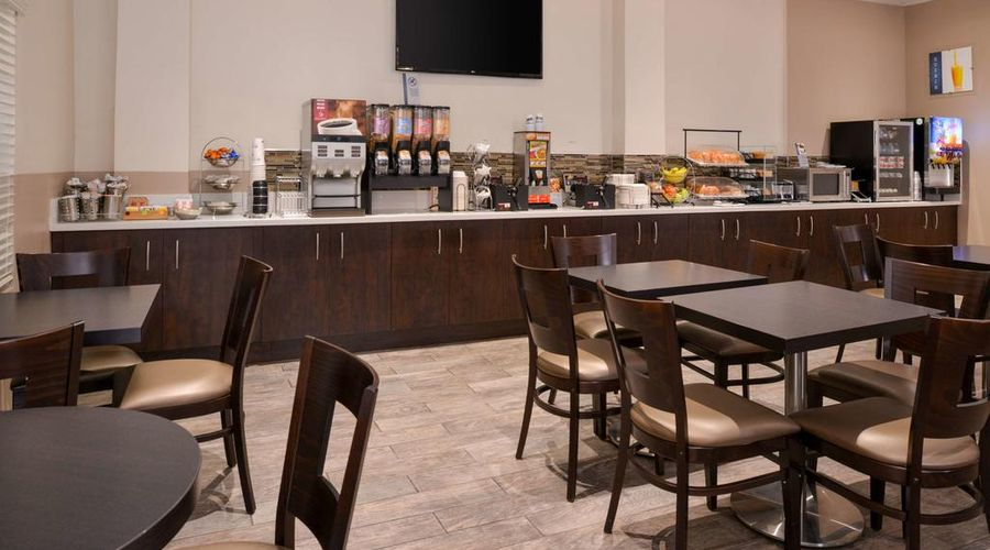 Best Western Airpark Hotel-7 of 29 photos