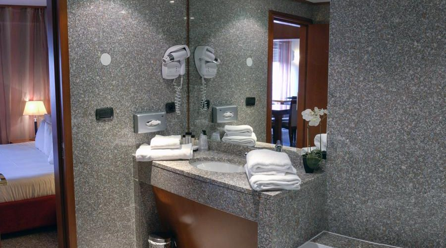 Hotel Goldstar Resort & Suites-33 of 51 photos