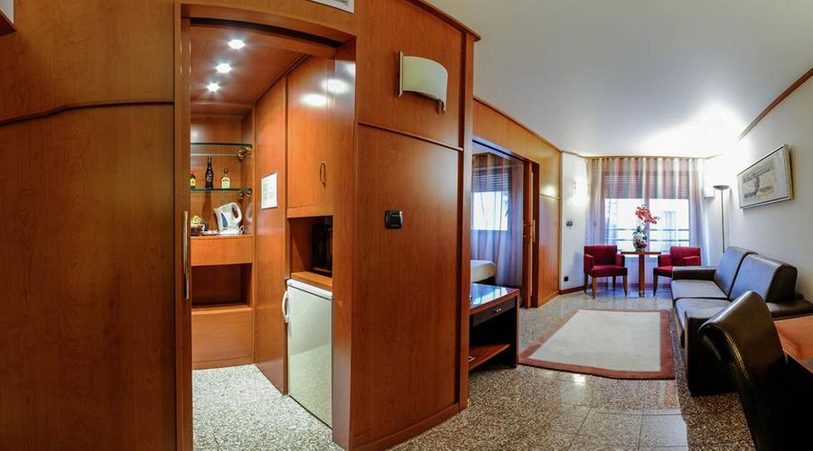 Hotel Goldstar Resort & Suites-39 of 51 photos