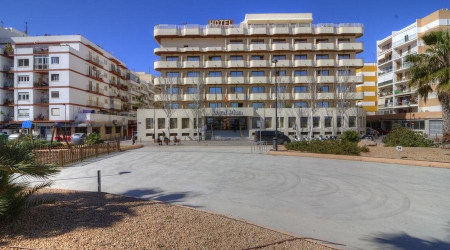 Hotel Royal Plaza-2 of 45 photos