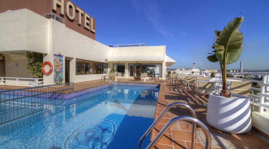 Hotel Royal Plaza-4 of 45 photos