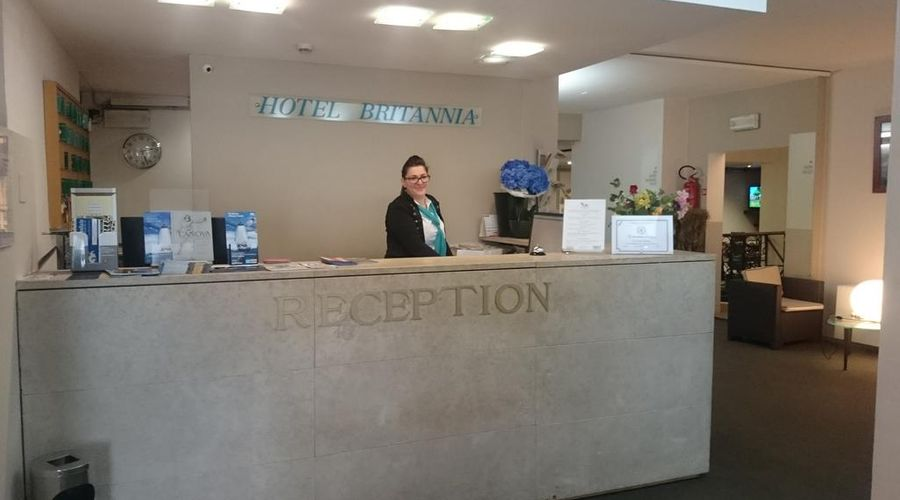 Hotel Britannia-3 of 38 photos