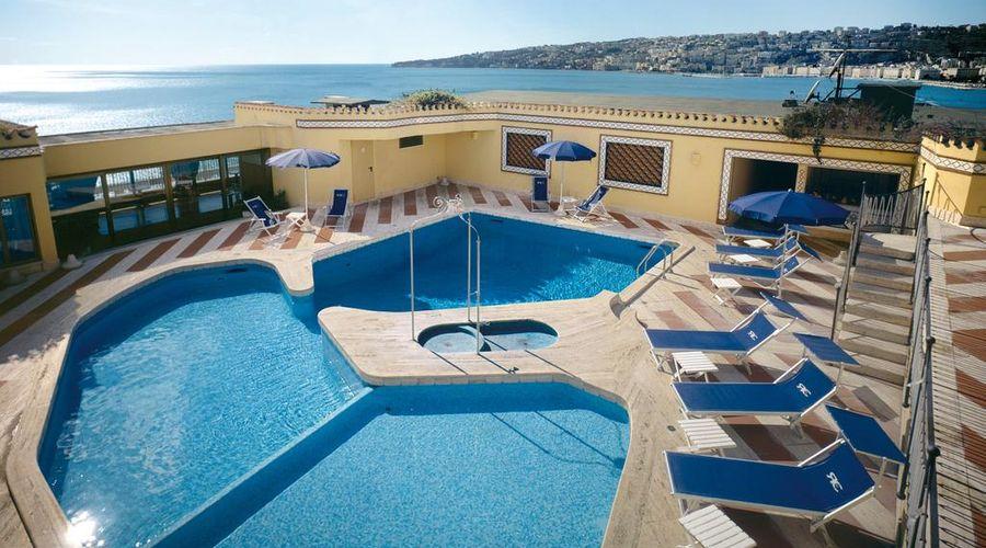 Royal Continental Hotel Naples-2 of 29 photos