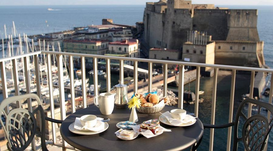 Royal Continental Hotel Naples-6 of 29 photos
