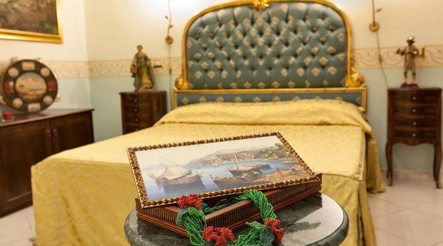 Hotel Art Resort Galleria Umberto-14 of 53 photos