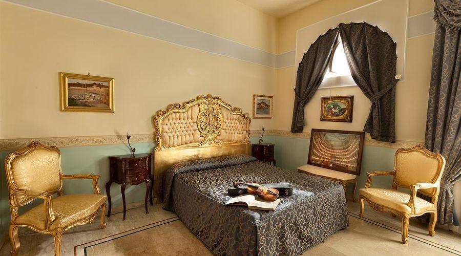 Hotel Art Resort Galleria Umberto-20 of 53 photos