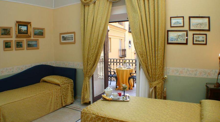 Hotel Art Resort Galleria Umberto-4 of 53 photos