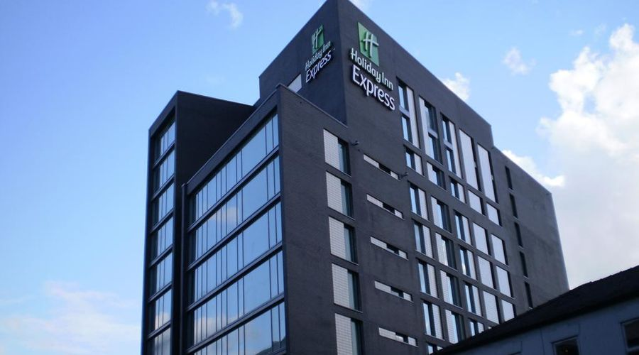 Holiday Inn Express Manchester CC - Oxford Road-2 of 25 photos