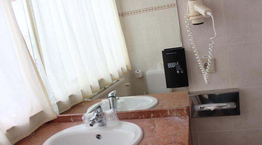 Floris Hotel Arlequin Grand Place-13 of 65 photos