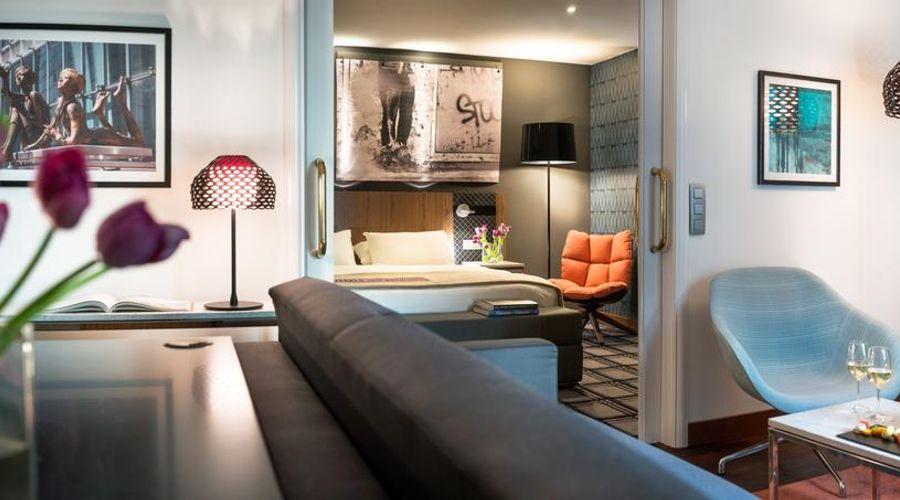 Radisson Blu Royal Hotel, Brussels-10 of 42 photos