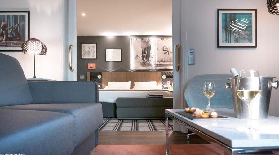 Radisson Blu Royal Hotel, Brussels-13 of 42 photos