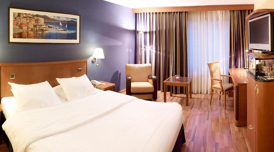 Radisson Blu Royal Hotel, Brussels-15 of 42 photos