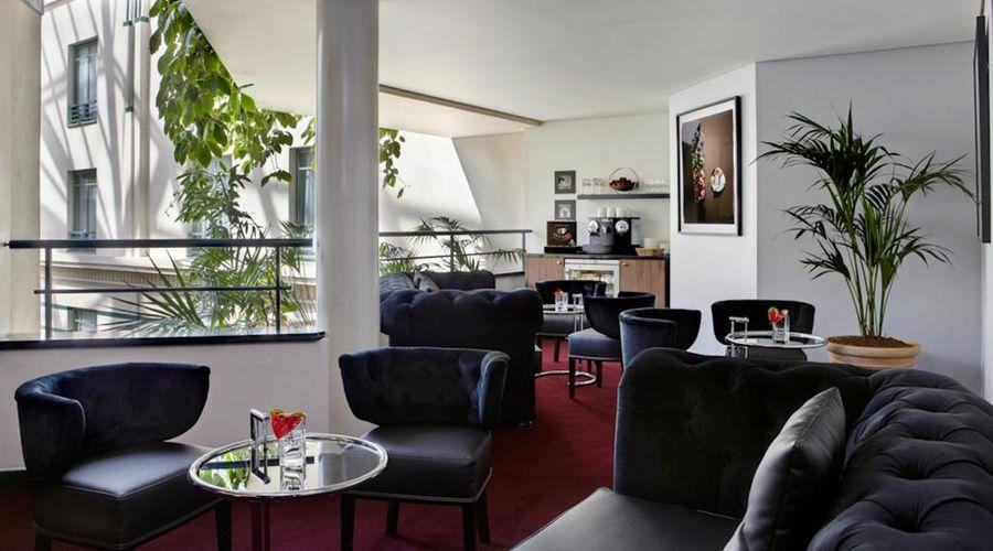 Radisson Blu Royal Hotel, Brussels-17 of 42 photos